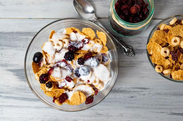 Breakfast cereals with berry fruits in bowl