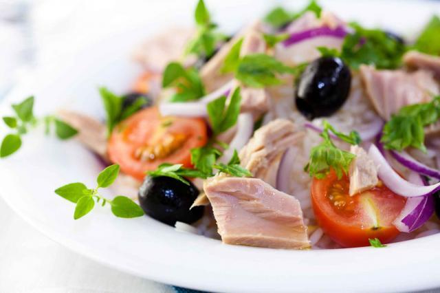 Tuna salad with fresh herbs