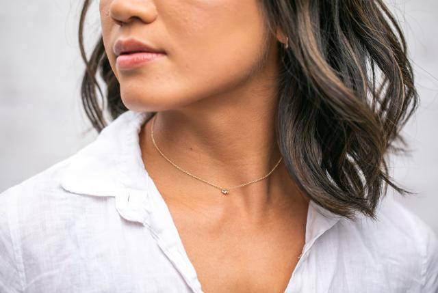 mejuri hue necklace