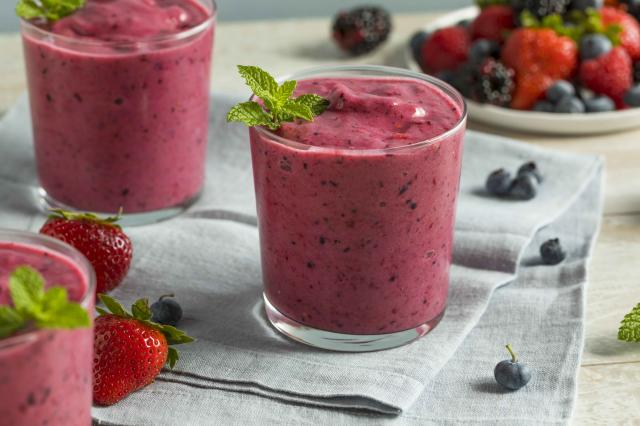 Sweet Homemade Healthy Berry Smoothie